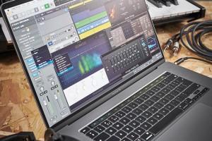 MacBook làm đồ họa 2D, 3D, dựng phim,... nên chọn loại nào?