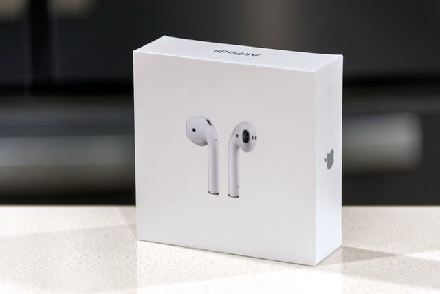 APPLE AIRPODS 1 LIKE NEW 99%